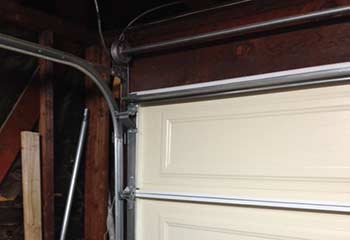 Garage Door Off Track | Garage Door Repair Minnetonka, MN